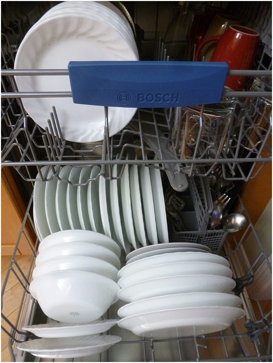 How to choose your next commercial dishwasher