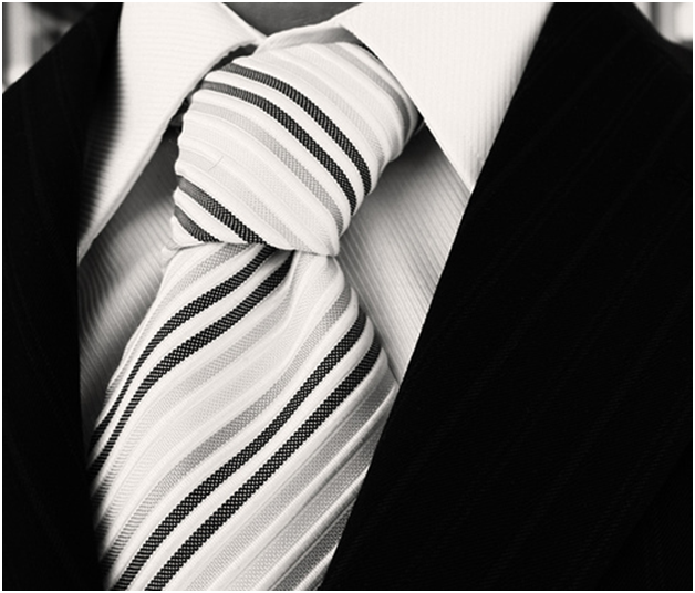 A Guide to Choosing the Perfect Tie2