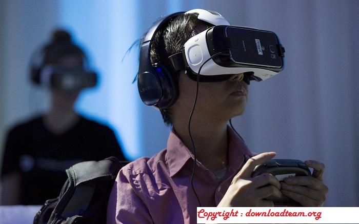 "Samsung Could Be Preparing Its Virtual Reality Helmet ""Gear VR"""