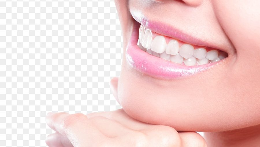 Activated Carbon Whitens Teeth