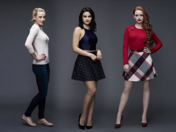 "How to dress in the style of Cheryl Blossom from the TV series ""Riverdale"""