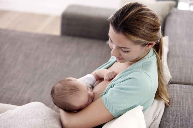 Comfortable Posture For Feeding Newborns